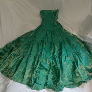 Jessica McClintock Made In The USA Green Dress